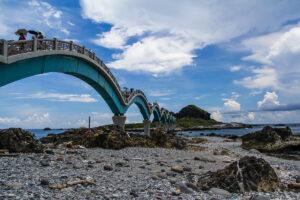 Sanxiantai - Dragon Bridge
